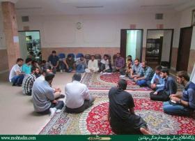 جوانان عراقی و فعالیت تربیتی